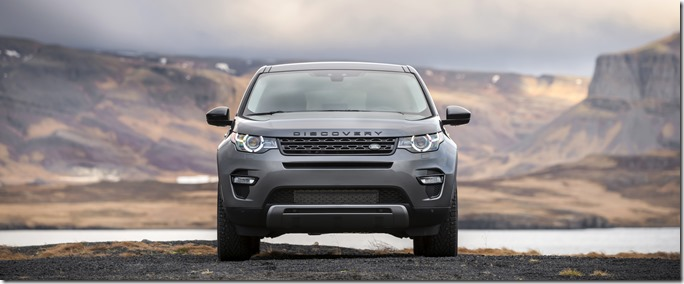 Land Rover Discovery Sport in Iceland - Corris Grey (4)