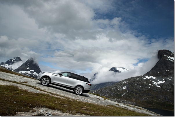 MY18-Velar-Offroad-Norway (1)