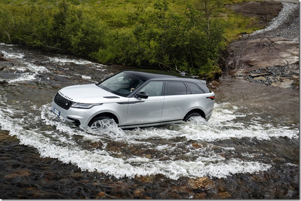 MY18-Velar-Offroad-Norway (8)