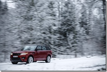 MY2014 Range Rover Sport in the Snow (2)