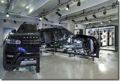 RR_Range_Rover_Sport_Cutaway_18