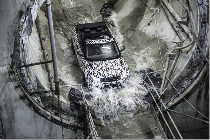 Range Rover Evoque Convertible at Crossrail (4)