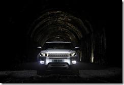 Range Rover Evoque in Indus Silver (2)