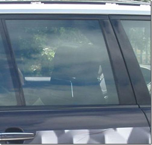 l405-warwick-rearseat