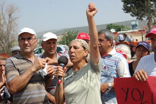 Sanko'yu Protesto Eden Köylüler Yol Kapattı