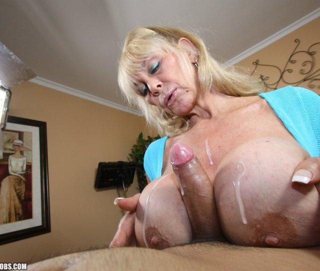 Granny Making A Homemade Handjob Video