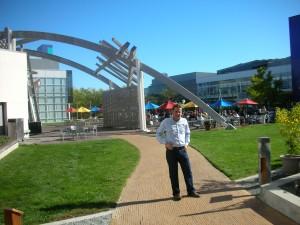 Guillermo en la sede de Google