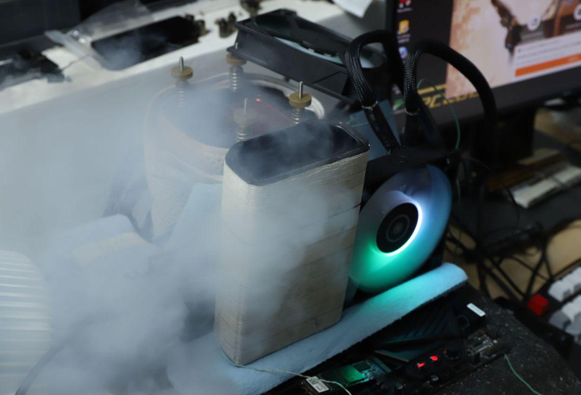AMD Radeon RX 6800 XT разогнана до 2,8 ГГц по ядру с помощью жидкого азота, АБЗАЦ