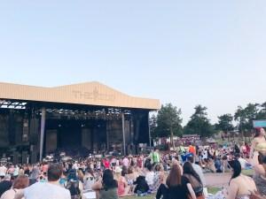 zoo amphitheater