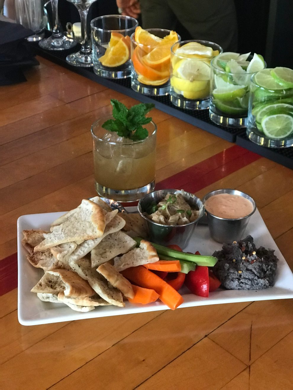 dips at scratch paseo