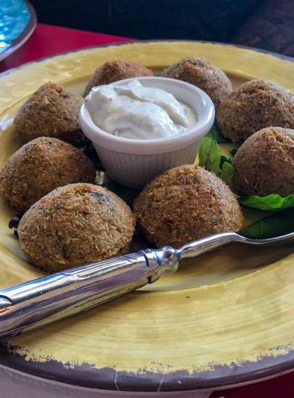 restaurant review: simply falafel