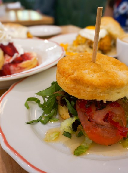 restaurant review: hunnybunny biscuit co
