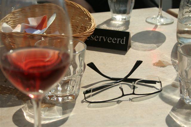 't Strand Katwijk aan Zee, blog overhaar, rosé op het' t strand