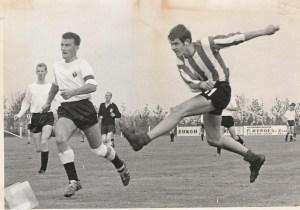 De meeste facebookers herkennen in een oogopslag de voetballer van MVV Jan Kaptein uit de jaren zestig, zeventig.