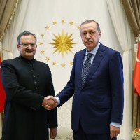 Pakistan's Envoy Syrus Sajjad Qazi presents Credentials to President Erdoğan
