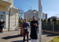 پولینڈ میں یوم آزادی پاکستان کی تقریب، قائم مقام سفیر قونصلر نعیم صابر نے پرچم کشائی کی