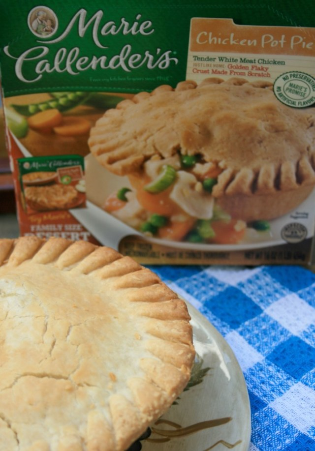 Mmmm Chicken Pot Pie is my favorite! #EasyAsPotPie #Ad