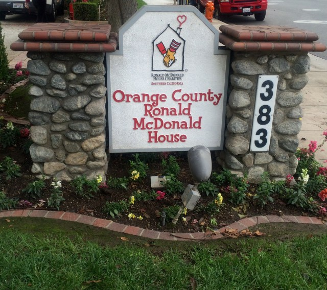 ronald-mcdonald-house-orange-county-sign