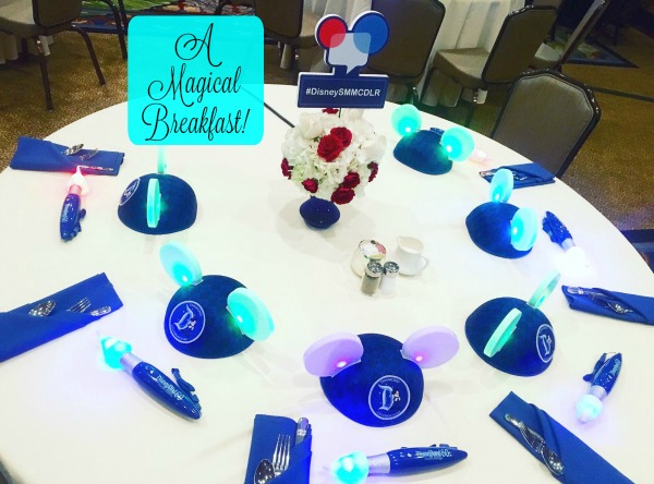 disney-social-media-moms-tables