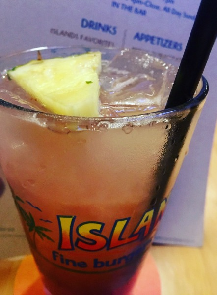 islands-happy-hour-mai-tai