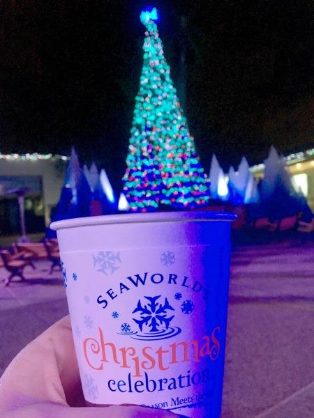 seaworld-christmas-celebration-hot-cocoa