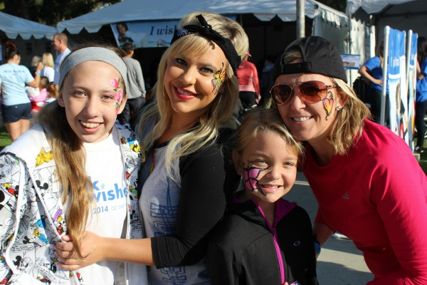 walk-for-wishes-family