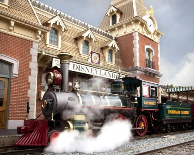 disneyland-railroad