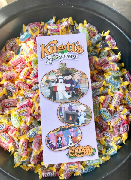 knotts-spooky-farm-candy
