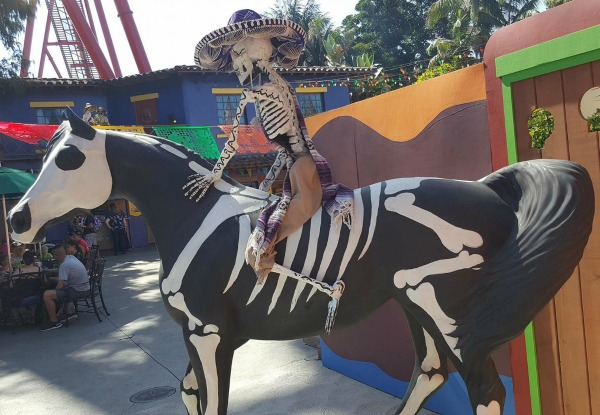 knotts-spooky-farm-dia-de-los-muertos-1