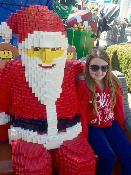 legoland-holidays-lego-santa