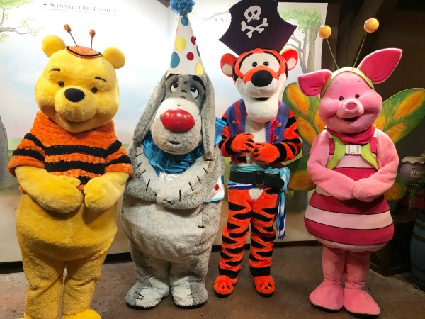 mickeys-not-so-scary-halloween-party-pooh-and-friends
