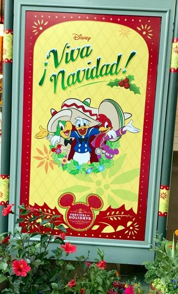 disneyland-holidays-viva-navidad-sign