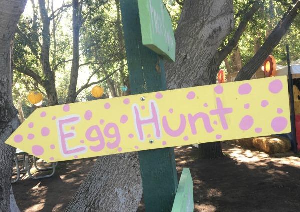 irvine-park-railroad-easter-eggstravaganza-egg-hunt-sign