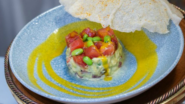 pixar-fest-tuna-poke-cove-bar-poke-bowl