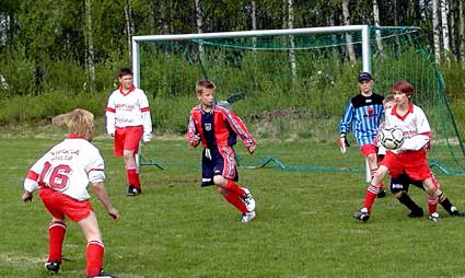2002-1 Willes-fotbollslag-in-actio