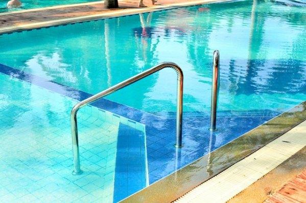 dolphine bay resort zwembad
