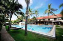 stay at Dolphine Bay Resort