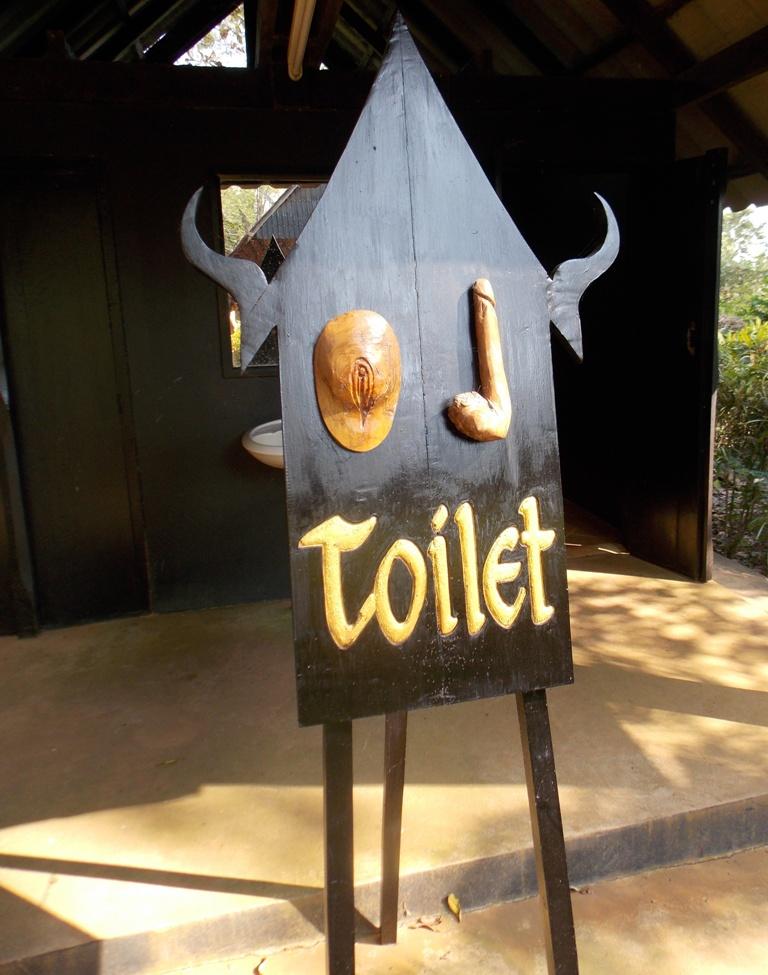 toilet sign baan dam chiangrai