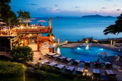 Het zwembad van Banburee Resort Samui Villa