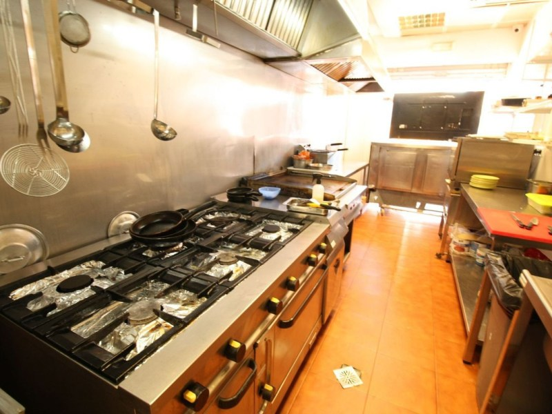 Commercial - Cafe for Sale in Calahonda