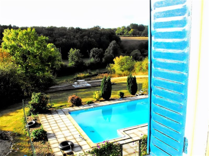 House for Sale in Genouille