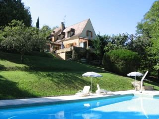 House for Sale in Beynac-Et-Cazenac, Aquitaine, France
