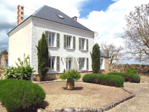 House for Sale in Cherves, Poitou-Charentes, France