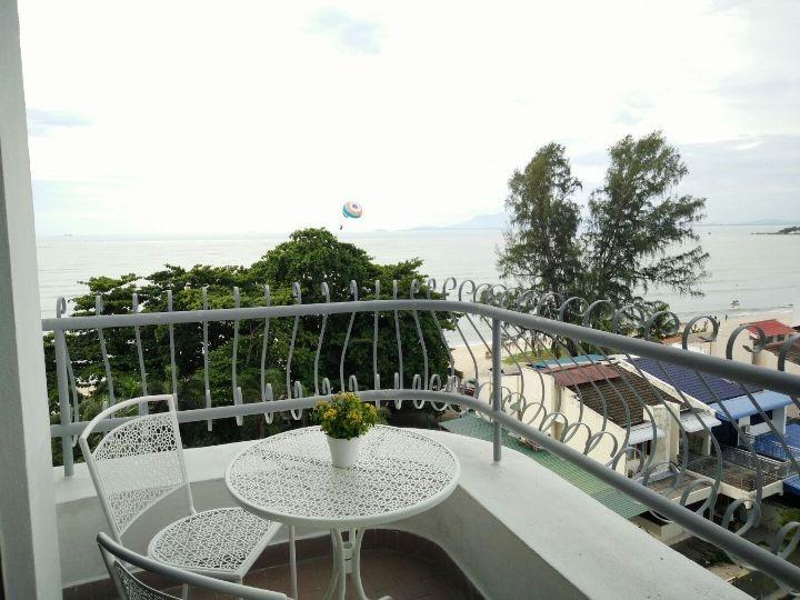 Flat for Sale in Superb 3 Bed Condominium in Penang Malaysia