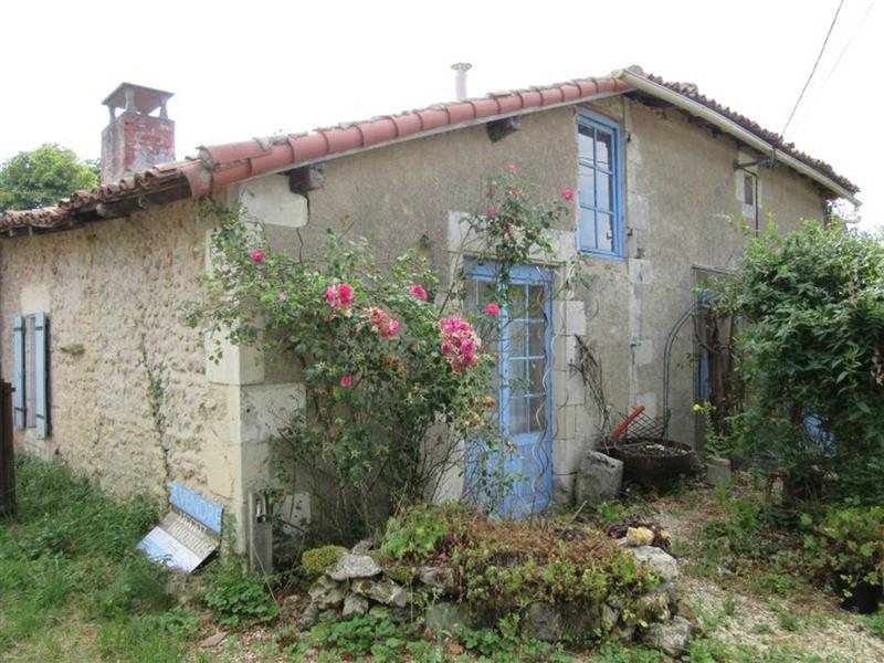 House for Sale in Romagne Vienne, Vienne, France