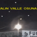 OVNIs / UFOs luminosos são filmado no céu noturno da cidade de Mexicali, no México 2