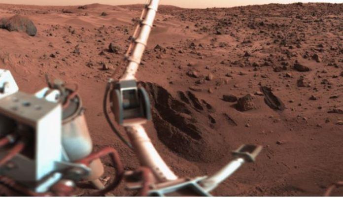 Vida em Marte já foi descoberta, insiste ex-cientista da NASA