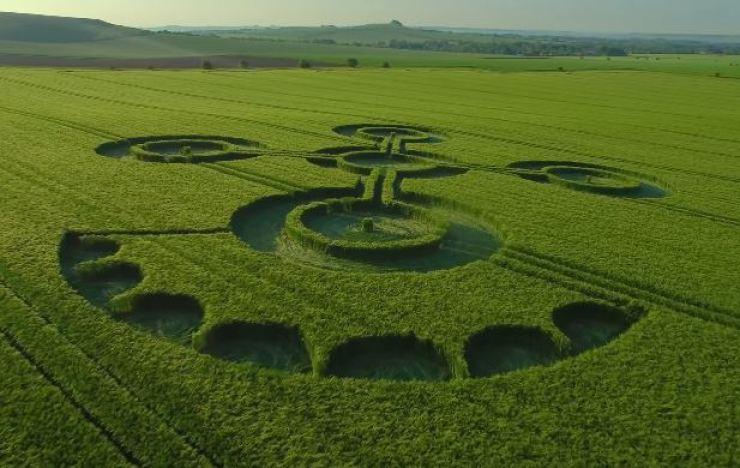 Porque os agroglifos não são embustes, mas também não são alienígenas