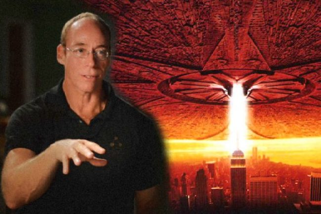 Dr. Steven Greer conta porque ainda não houve um desacobertamento dos OVNIs