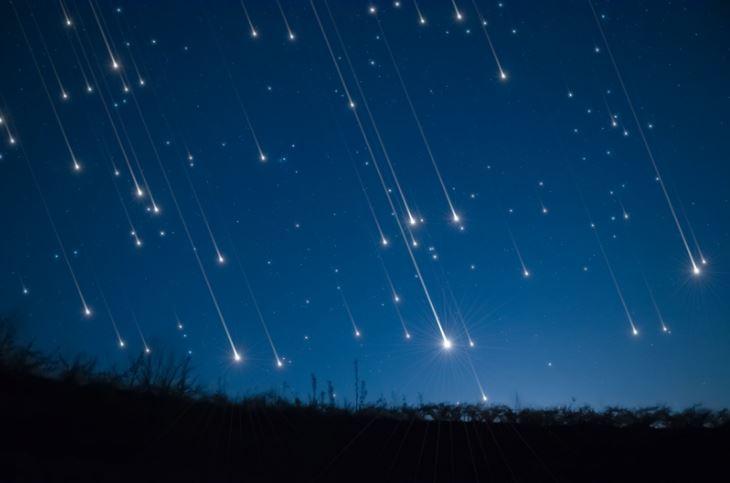Vários meteoros cortaram os céus do mundo recentemente